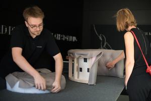 Samyn Wonen - Upholstery Performance Walter Knoll en kunsttentoonstelling Noortje Leijten oktober 2018